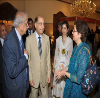 Prof. Saeeda Haider Dean Faculty of CPSP discussing with president CPSP